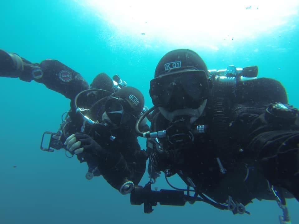 Velimir Vrzić sa suprugom ispod mora u istraživanju Jadrana