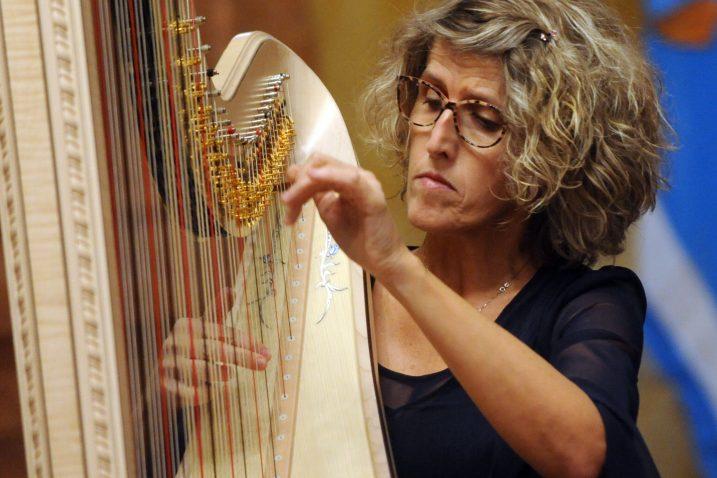 Odlučila sam istaknuti atribute harfe kao starodrevnog glazbala –Diana Grubišić Ćiković / Snimio Marko GRACIN