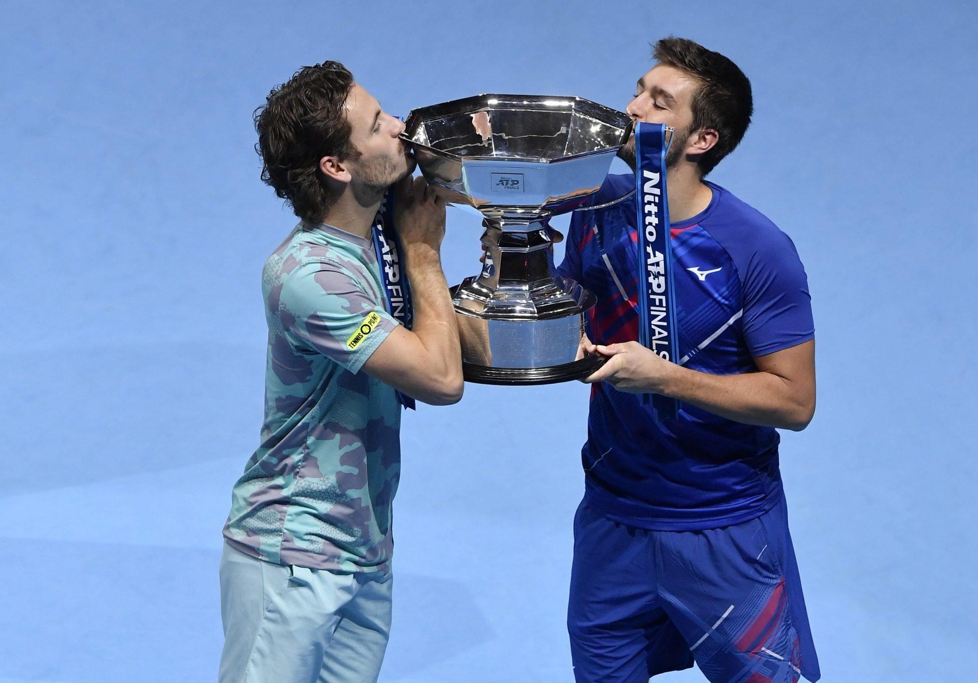 VRIJEDAN TROFEJ - Wesley Koolhof i Nikola Mektić/Foto REUTERS