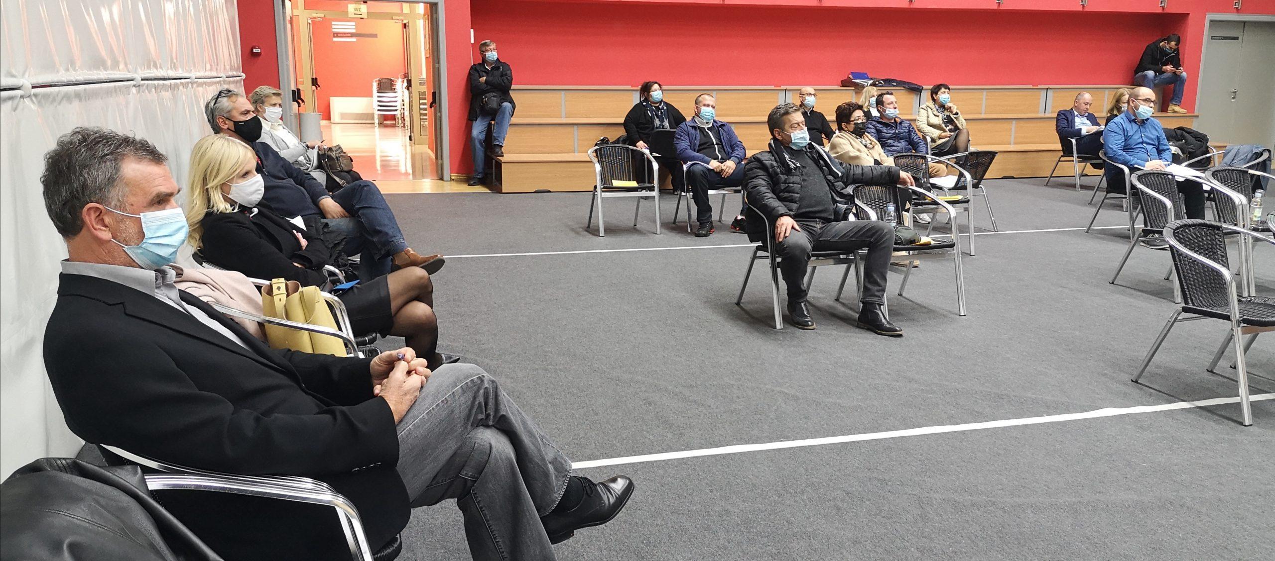 Matuljski vijećnici složni po pitanju dokapitalizacije Komunalca / Snimila Marina KIRIGIN