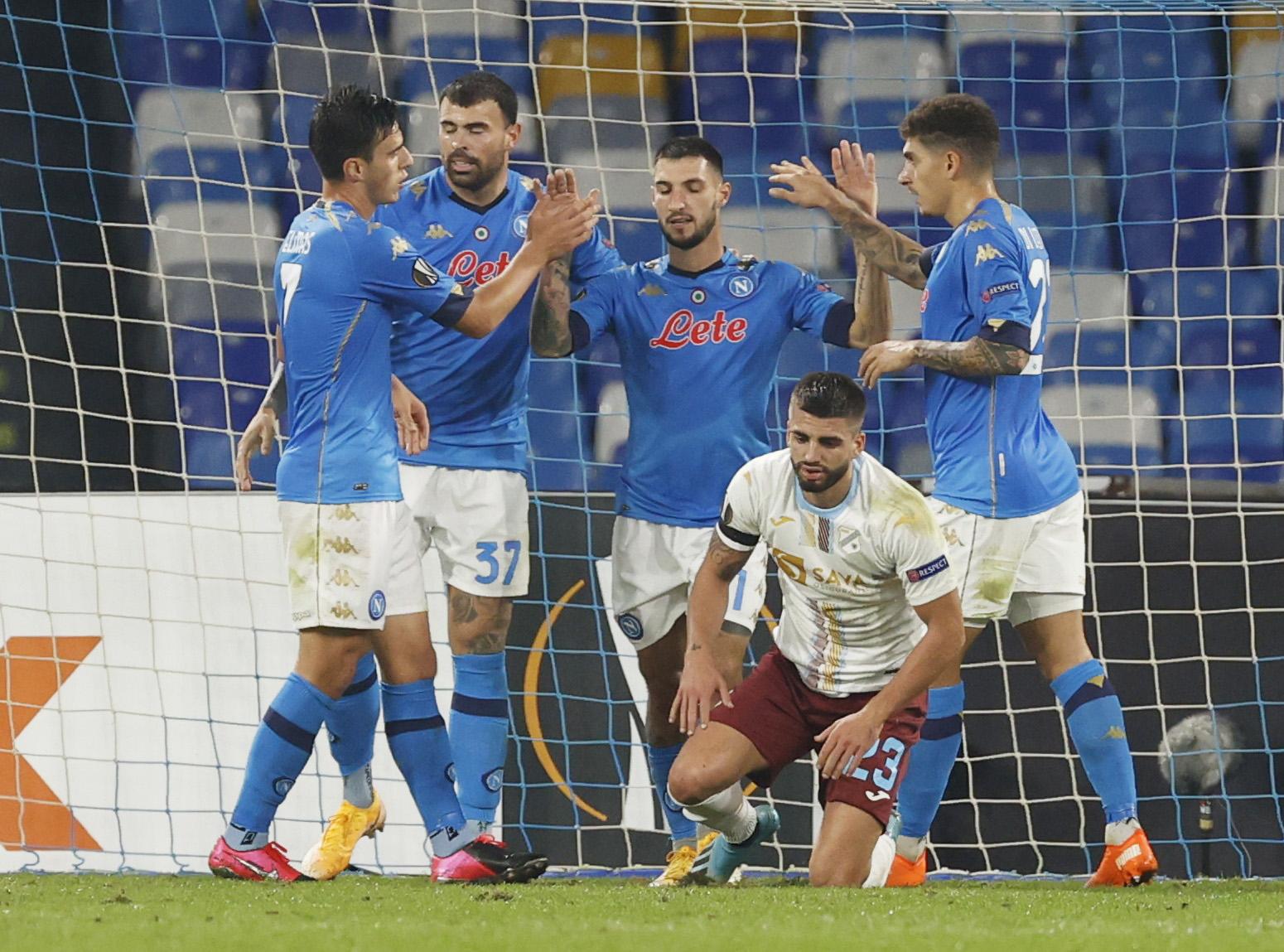 Armando Anastasio dok igrači Napolija slave vodeći pogodak/Foto REUTERS