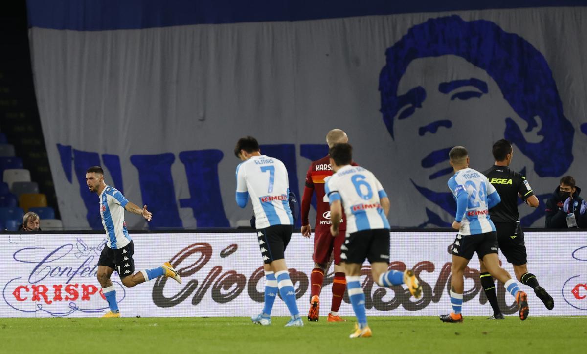 Igrači Napolija igrali su uz transparente s Maradoninim likom/Foto REUTERS