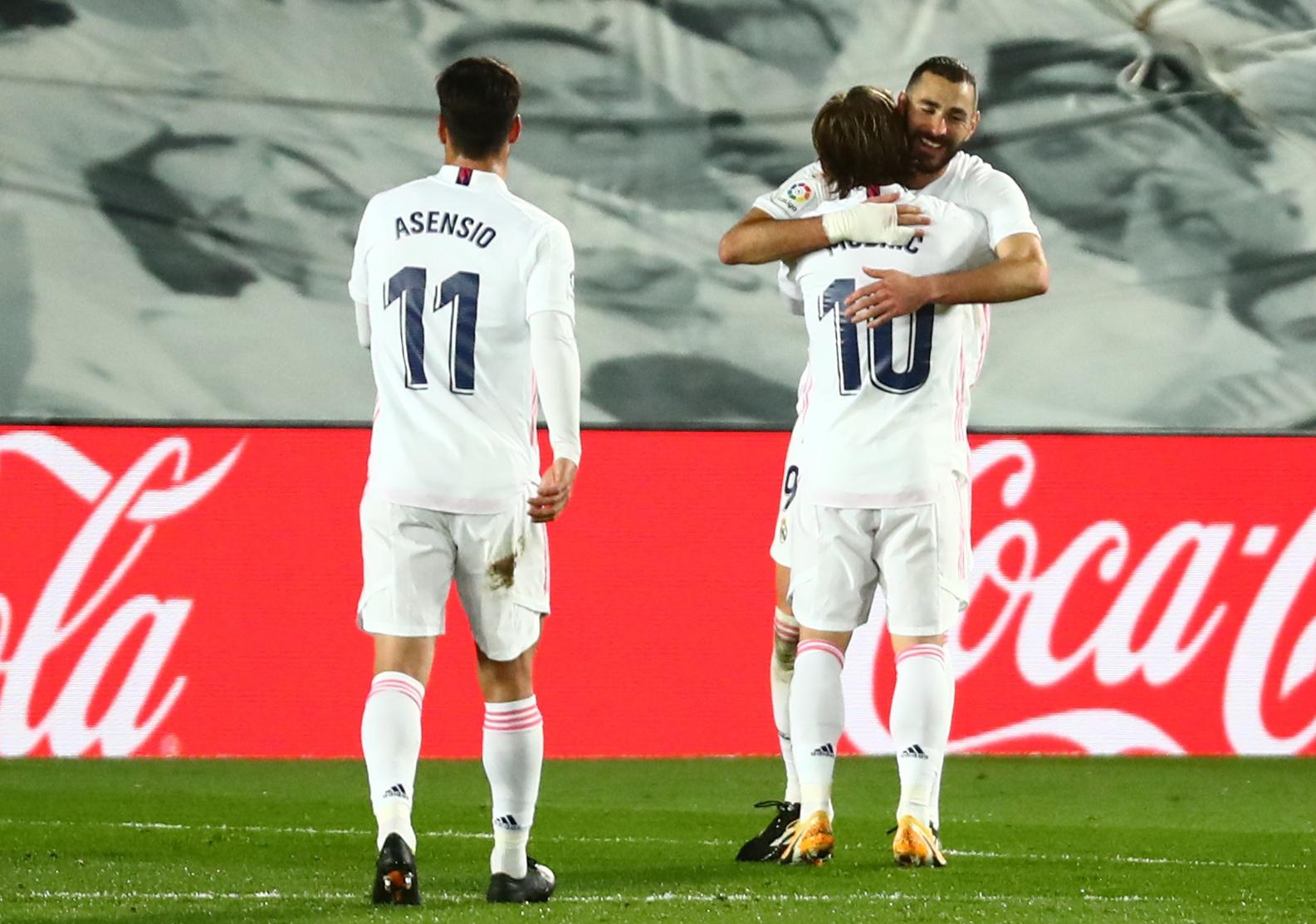Asensio, Luka Modrić i Karim Benzema/Foto REUTERS