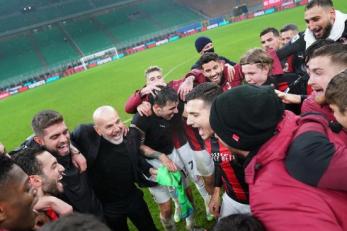 Igrači i trener Milana nakon utakmice/Foto AC Milan