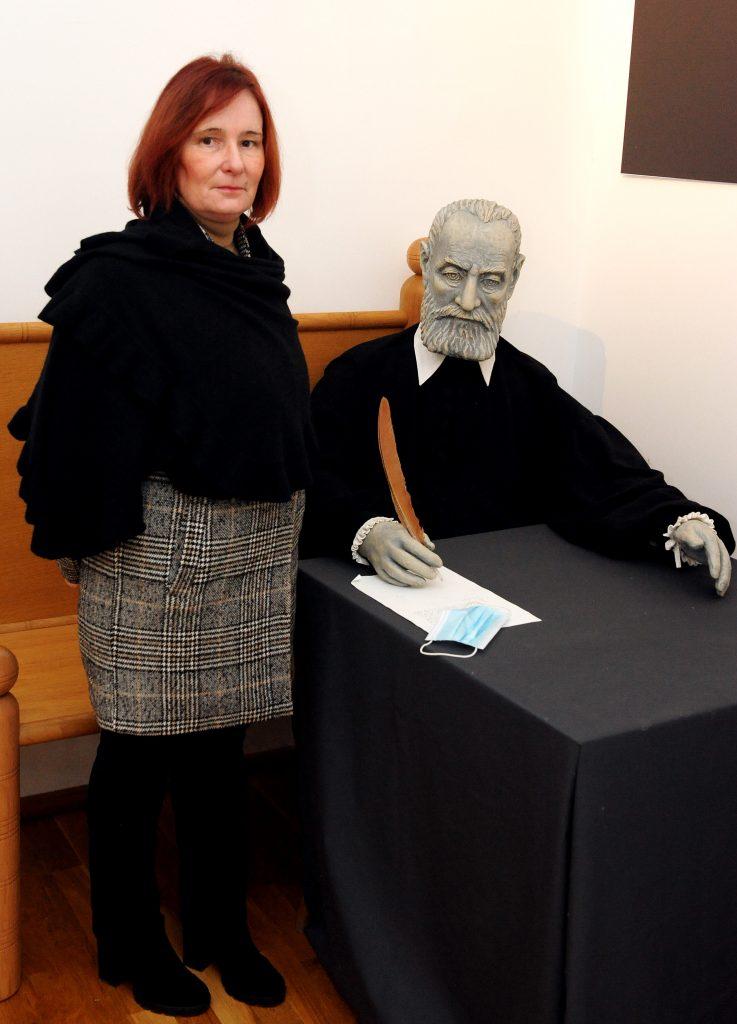 Alenka Spoja uz lik »Michelangela minijature« / Foto Marko GRACIN