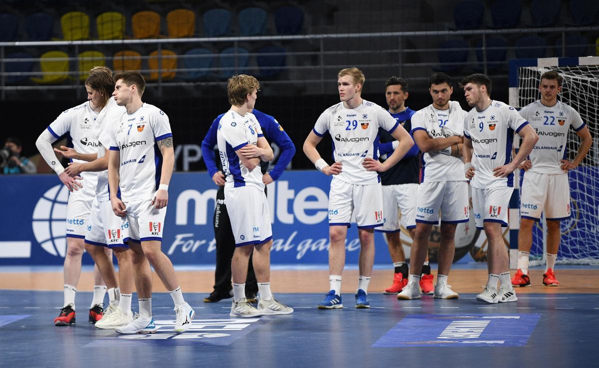 Razočarani igrači Islanda/Foto: REUTERS
