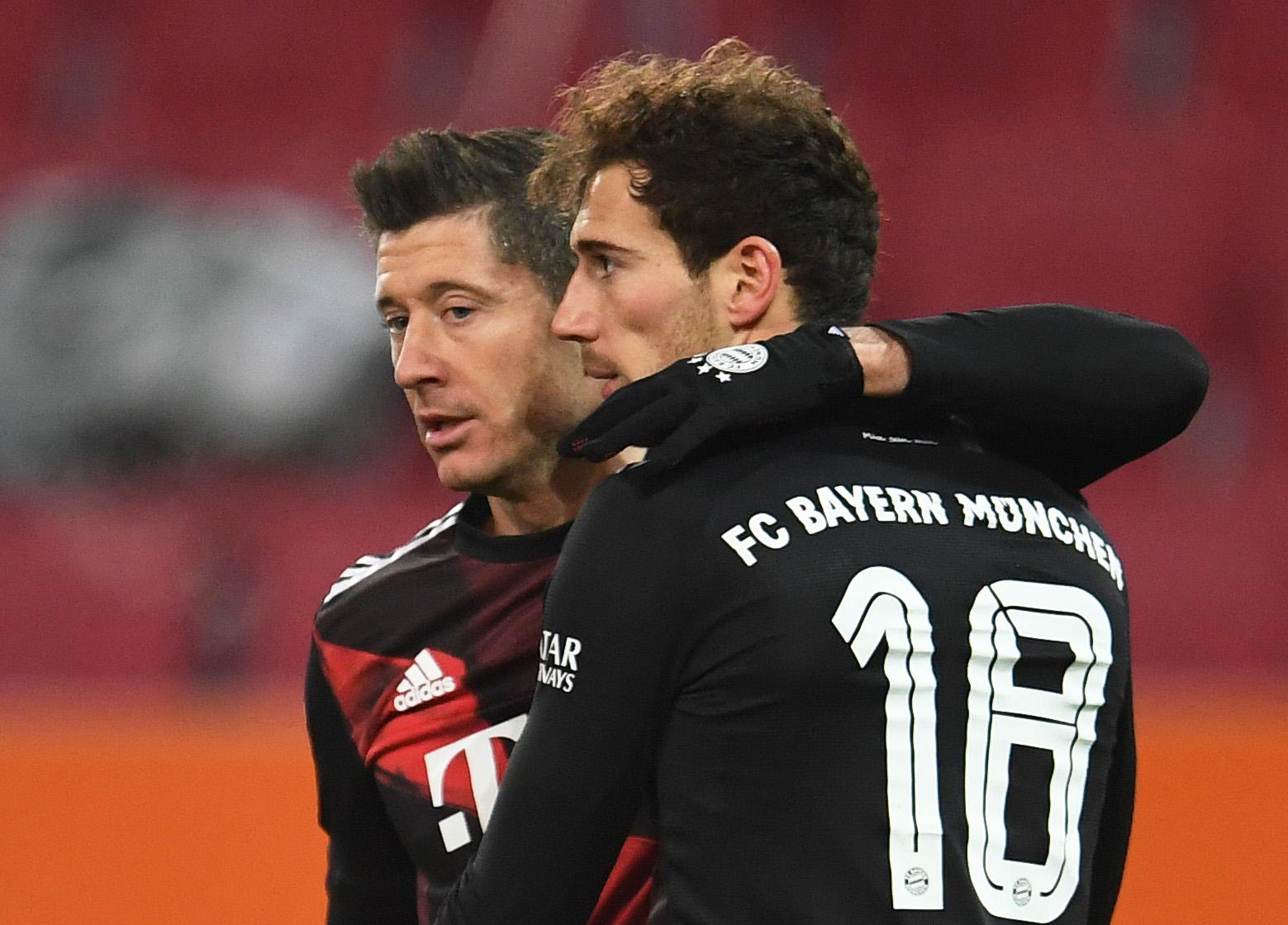 Robert Lewandowski i Leon Goretzka (Bayern)/Foto REUTERS