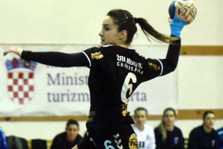 Rea Jelenović/M. GRACIN