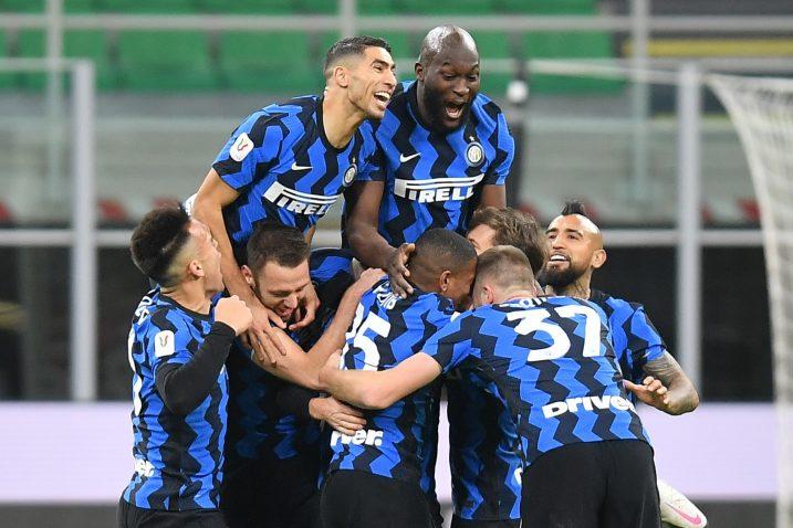 Slavlje igrača Intera nakon drugog pogotka/Foto REUTERS