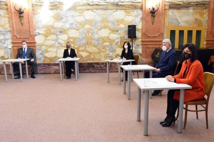 Darko Čargonja, Željka Modrić Surina, Nikolina Radić Štivić, Zlatko Komadina i Sonja Šišić / Foto SERGEJ DRECHSLER