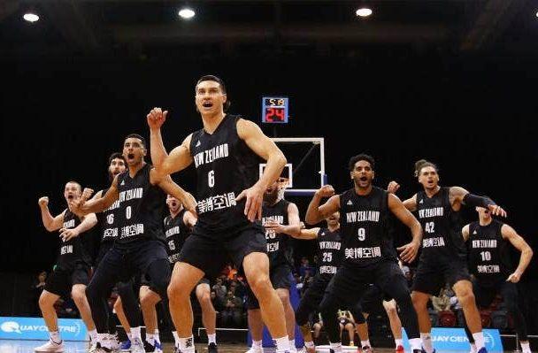 Košarkaši Novog Zelanda izvode haku/Foto: nz.basketball