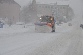 Troškovi zimskog čišćenja prometnica bit će za neke goranske lokalne samouprave znatno opterećenje za proračun / Foto M. KRMPOTIĆ
