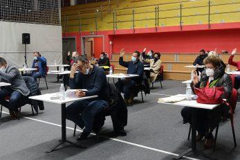 Matuljski vijećnici glasali su o nagradama što će biti dodijeljene na Svečanoj sjednici 12. veljače / Foto M. KIRIGIN