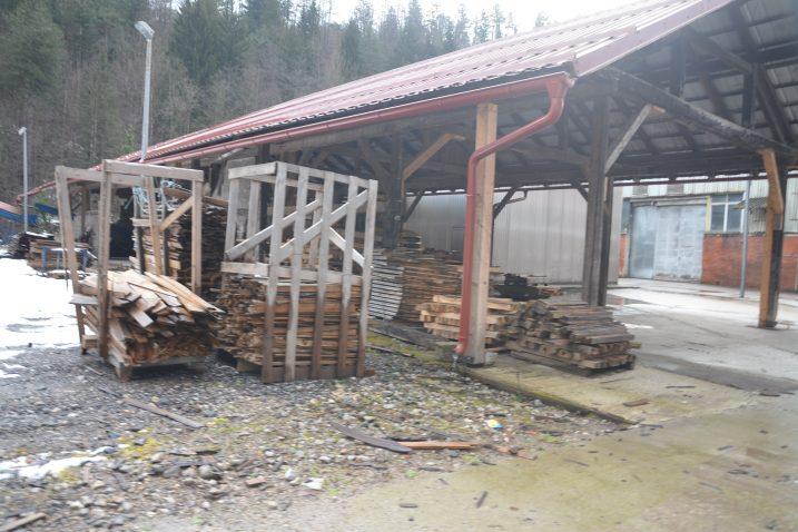 U nekadašnjem tvorničkom krugu Europala sve je zapušteno i prazno / M. KRMPOTIĆ
