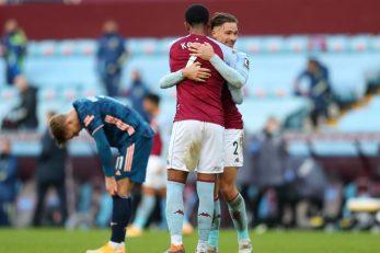 Ezri Konsa i Matty Cash (Aston Villa) nakon utakmice/Foto REUTERS