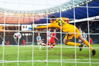 Willi Orban zabija treći pogodak Leipziga/Foto REUTERS