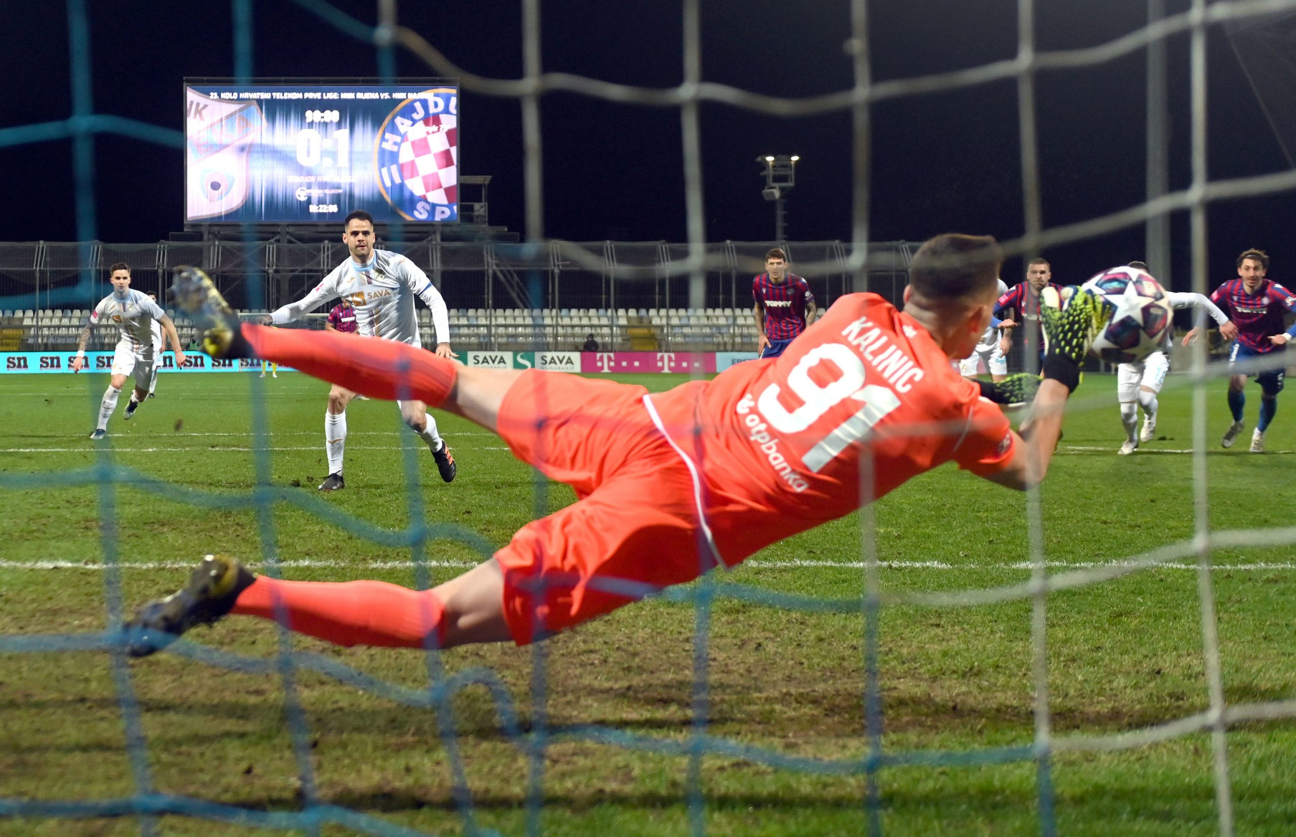 Lovre Kalinić nadmudrio je Franka Andrijaševića u finišu utakmice/Foto Arhiva NL