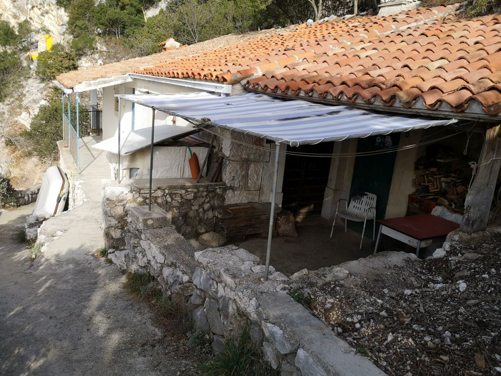 Prvi red kućica izgrađen je još u prošlom stoljeću / Foto MA. KIRIGIN