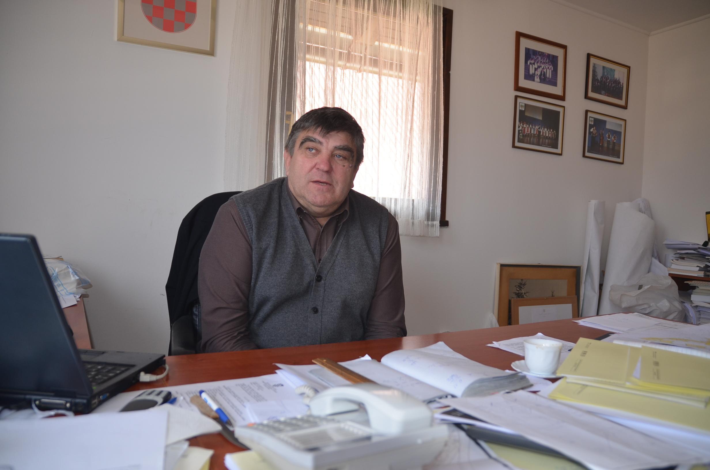 M. KRMPOTIĆ