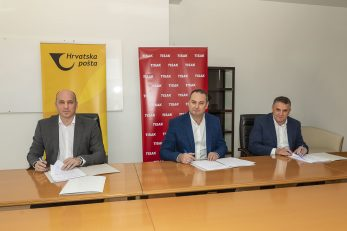 Potpisan ugovor: Ivan Čulo, Tomislav Bagić, Ivo Lovrić