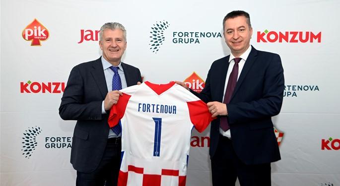 Davor Šuker i Fabris Peruško/Foto HNS
