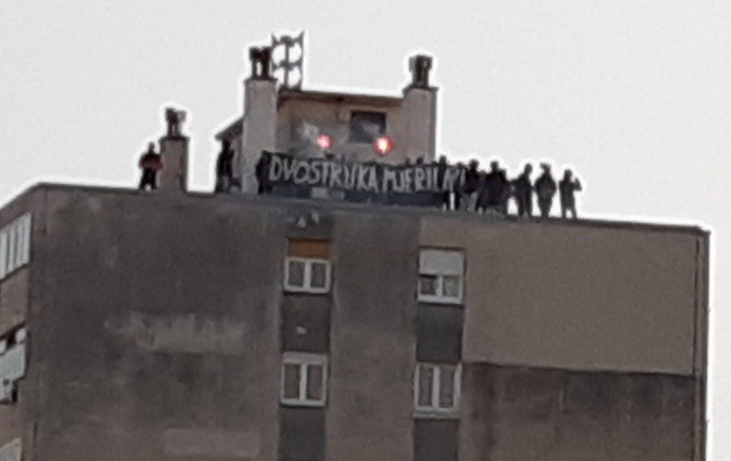 Navijači Orijenta 1919 oglašavali su se s obližnjeg nebodera