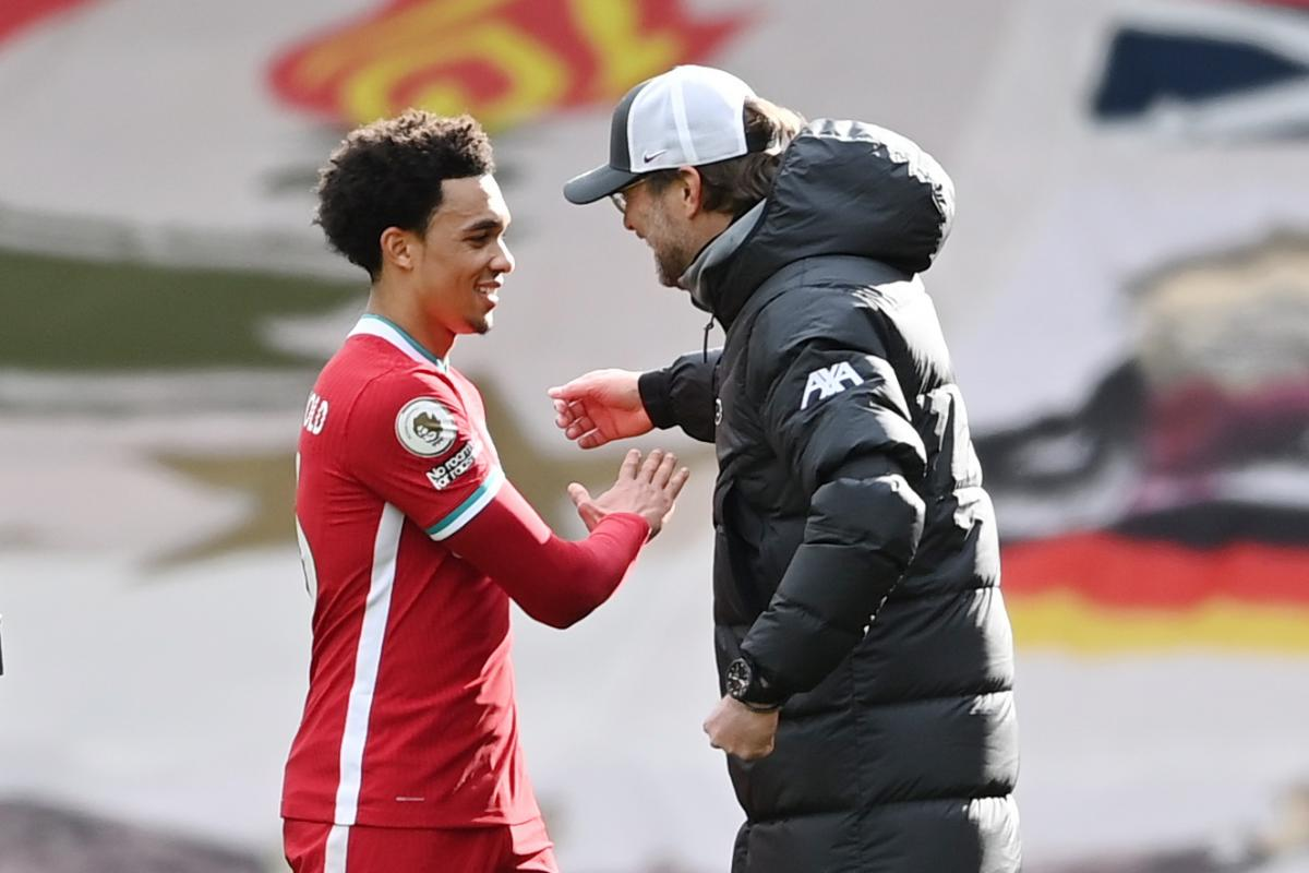 Trent Alexander-Arnold i Jürgen Klopp/Foto: REUTERS