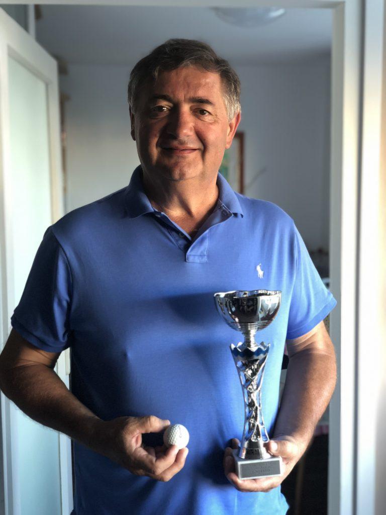 Emiljano Bakarčić zaljubljen je i u golf