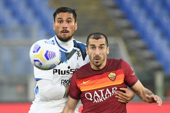 Henrikh Mkhitaryan (Roma) i Luis Palomino (Atalanta)/Foto REUTERS