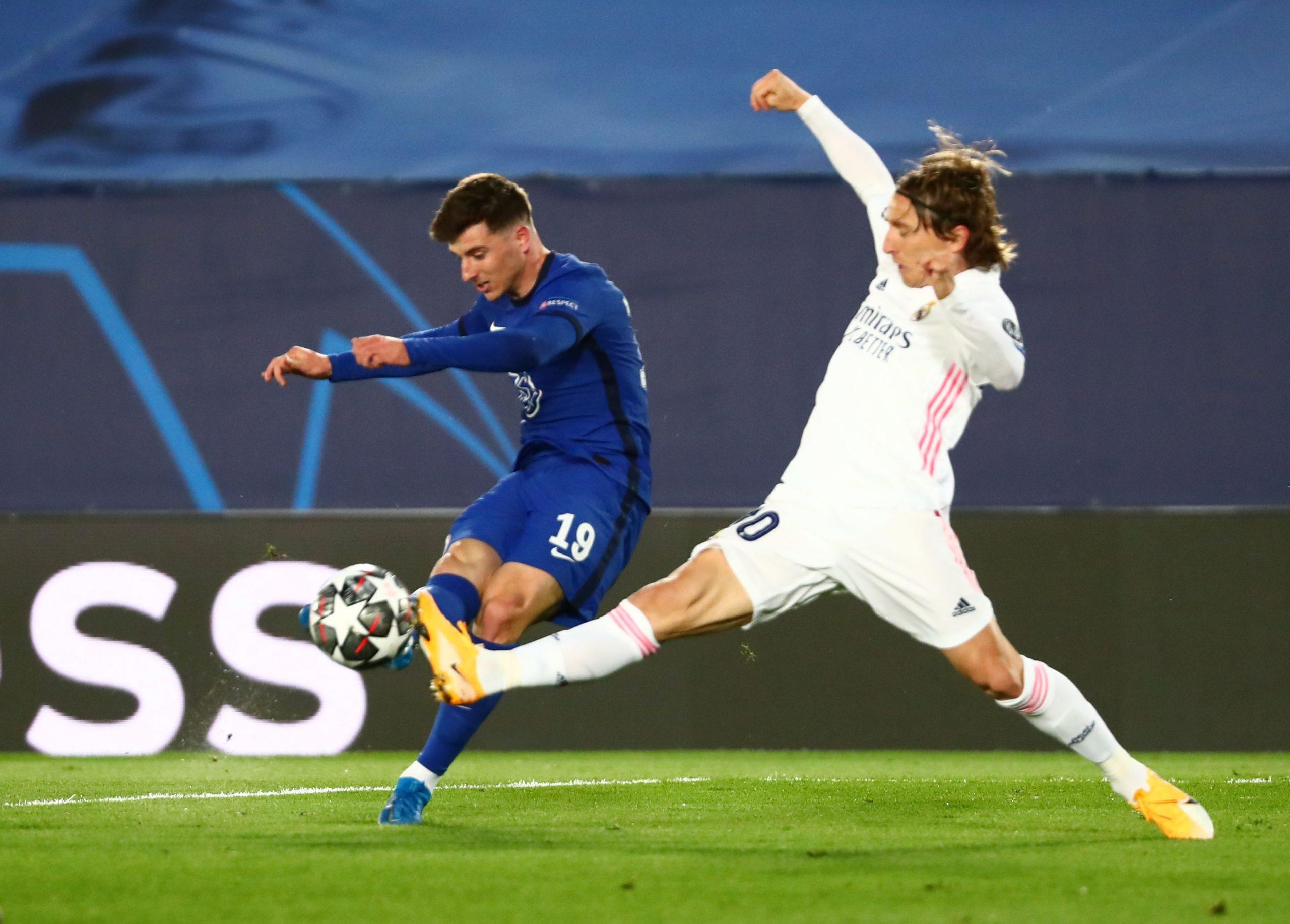 Mason Mount (Chelsea) i Luka Modrić (Real Madrid)/Foto REUTERS