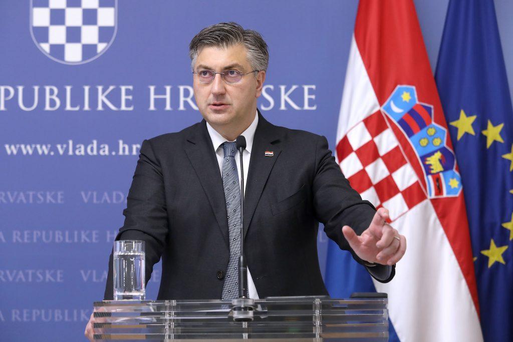 """Plenković: """"Nije istina da kupujemo glasove umirovljenika, pa mi bi dobivali 80 posto na izborima"""""""