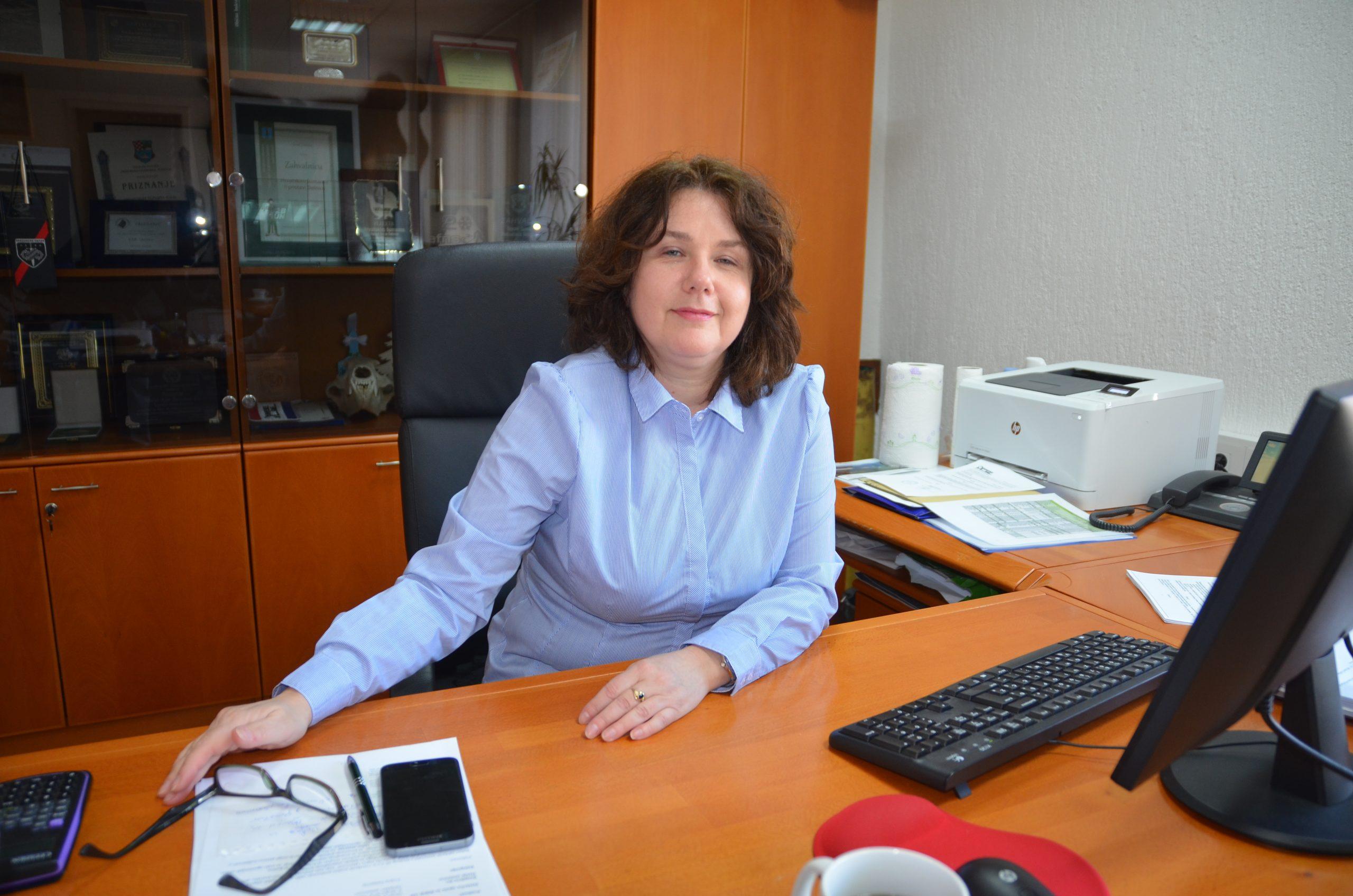 Ivana Pečnik Kastner na čelu je Uprave šuma podružnice Delnice i jedina je žena na tom položaju u Hrvatskoj / Foto M. KRMPOTIĆ