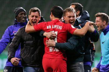 Slavlje trenera Juliana Nagelsmanna sa suradnicima i igračima RB Leipziga/Foto REUTERS