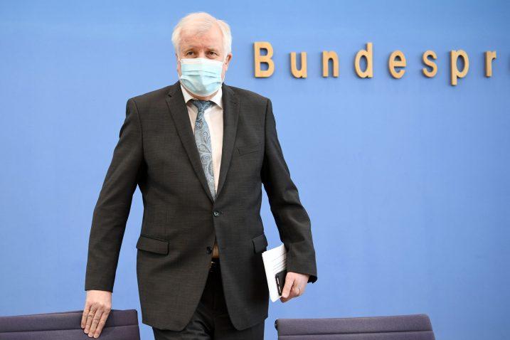 Horst Seehofer / REUTERS