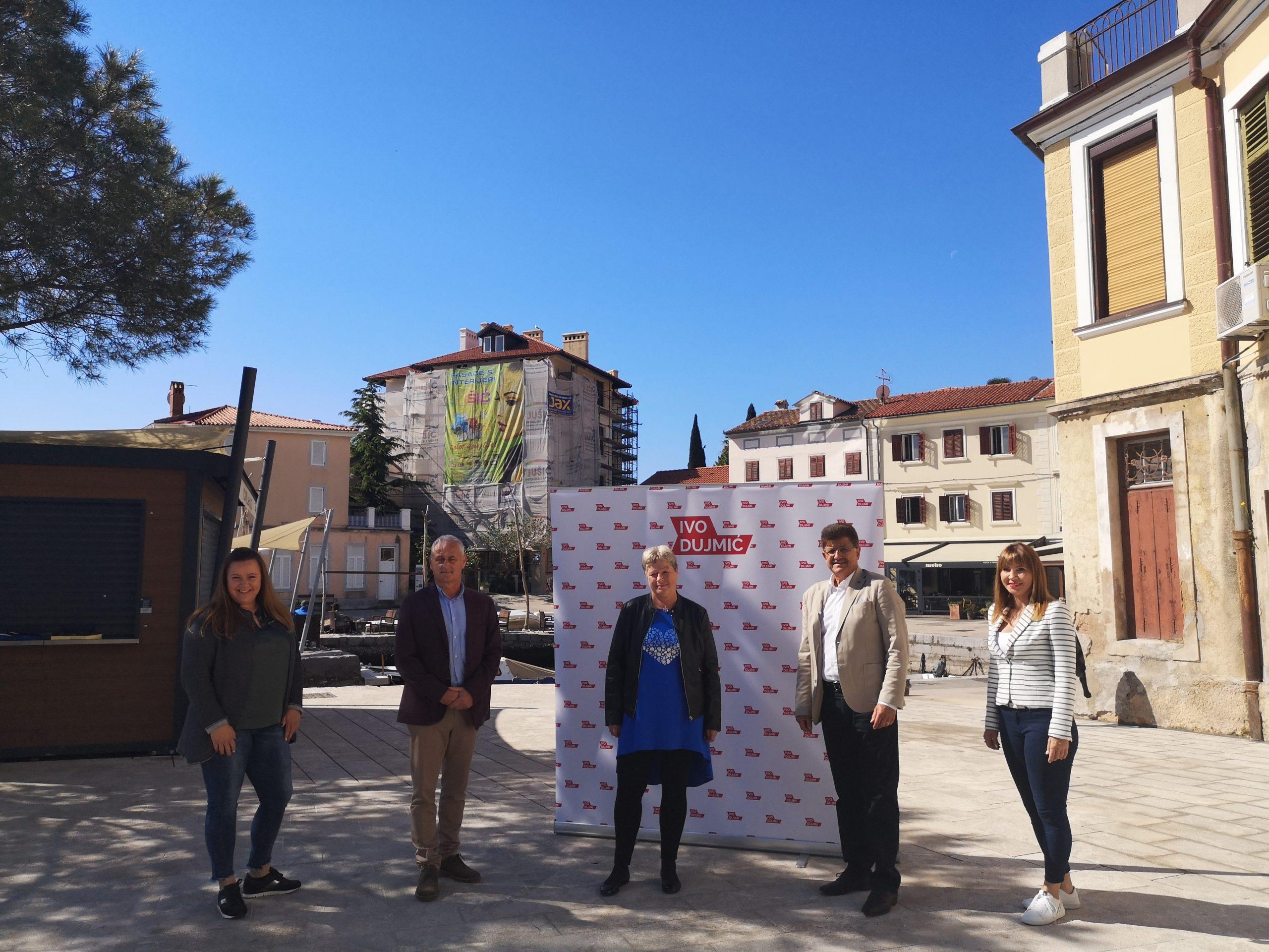 Sandra Kinkela, Emil Priskić, Katarina Srdoč, Ivo Dujmić i Vera Aničić u Voloskom / Foto A. KUĆEL ILIĆ