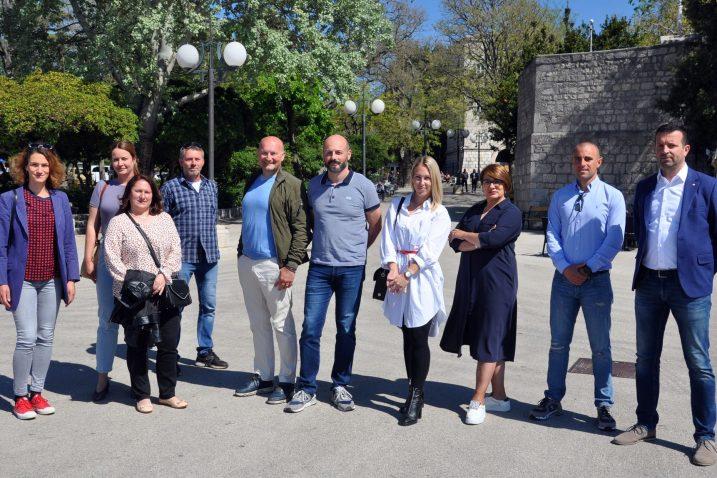 Članovi Liste za Krk sudjelovanjem u Gradskom vijeću žele pridonijeti boljitku Krčana / Foto M. TRINAJSTIĆ