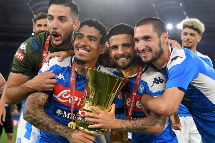 Igrači Napolija slave osvajanje Kupa 2020. godine/Foto REUTERS