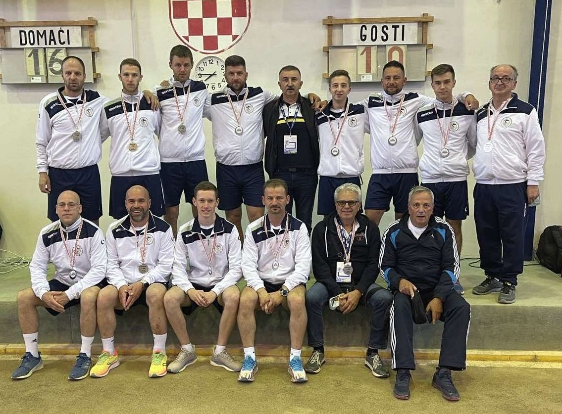 SREBRO OKO VRATA - Boćari i vodstvo Vargona