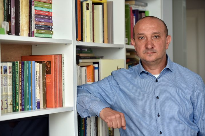 U vezi sa svojom etničkom identifikacijom bački su Bunjevci doista podijeljeni - Petar Vuković / Snimio Davor KOVAČEVIĆ