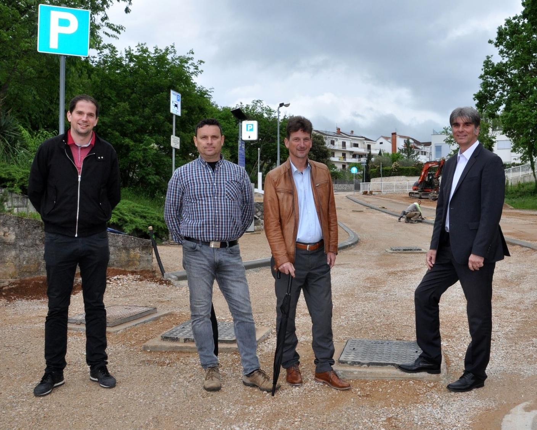 Ukazali na značajan infrastrukturni zahvat - Ivan Tavčar, Franko Kraljić, Robert Anton Kraljić i Darijo Vasilić / Foto M. TRINAJSTIĆ
