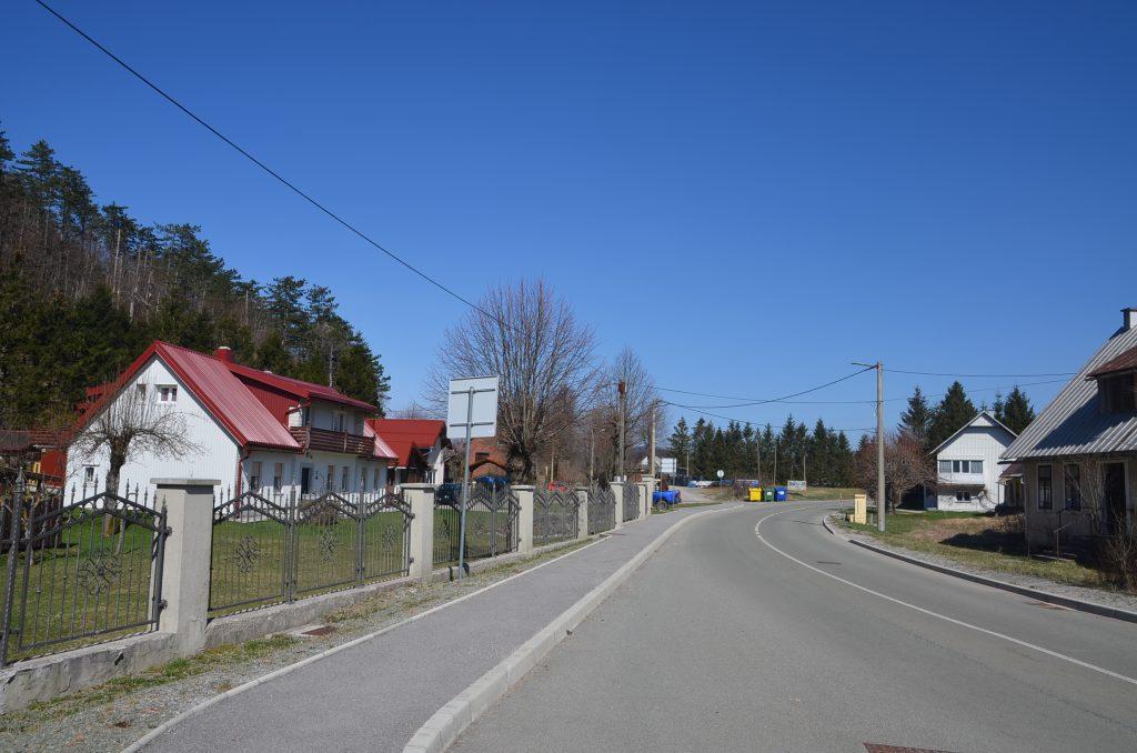 Dio Liča gdje bi trebala biti izgrađena crpna stanica za novu kanalizaciju / Foto M. KRMPOTIĆ