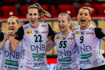 Marta Tomac (22) u slavlju sa suigračicama iz Vipersa/Foto: EHF