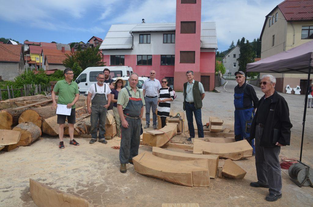 Do petka će obje nove skulpture biti u visokoj fazi dovršenosti / Snimio M. KRMPOTIĆ