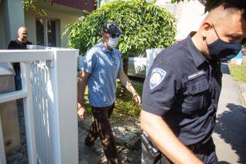 Sudac Darko Krušlin, kojeg je Mamić prozvao za kriminal, odlazi u pratnji istražitelja / Davor Javorovic/PIXSELL