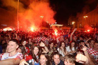 Atmosfera u Zagrebu bila je vatrena/Foto PIXSELL