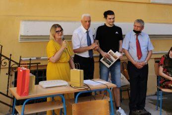 S dodjele nagrade Luki Ružiću kao najboljem maturantu Prve riječke hrvatske gimnazije
