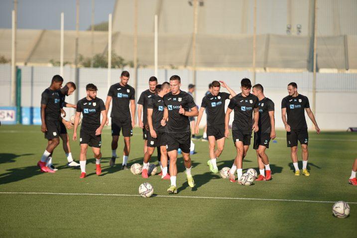 EUROPSKA PREMIJERA - Nogometaši Rijeke na treningu na Malti/Foto HNK Rijeka