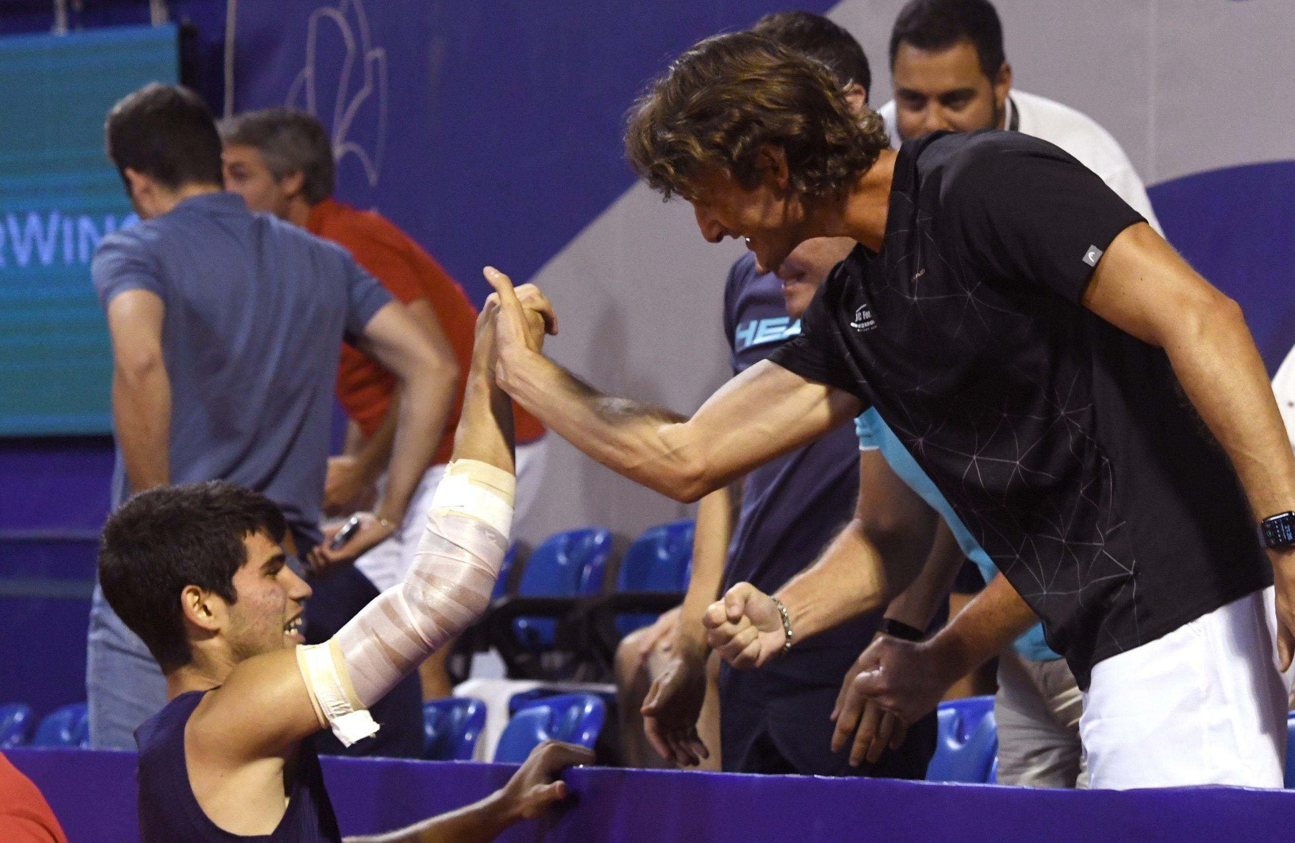TRENEROVA ČESTITKA - Carlos Alcaraz i Juan Carlos Ferrero/Foto M. MIJOŠEK