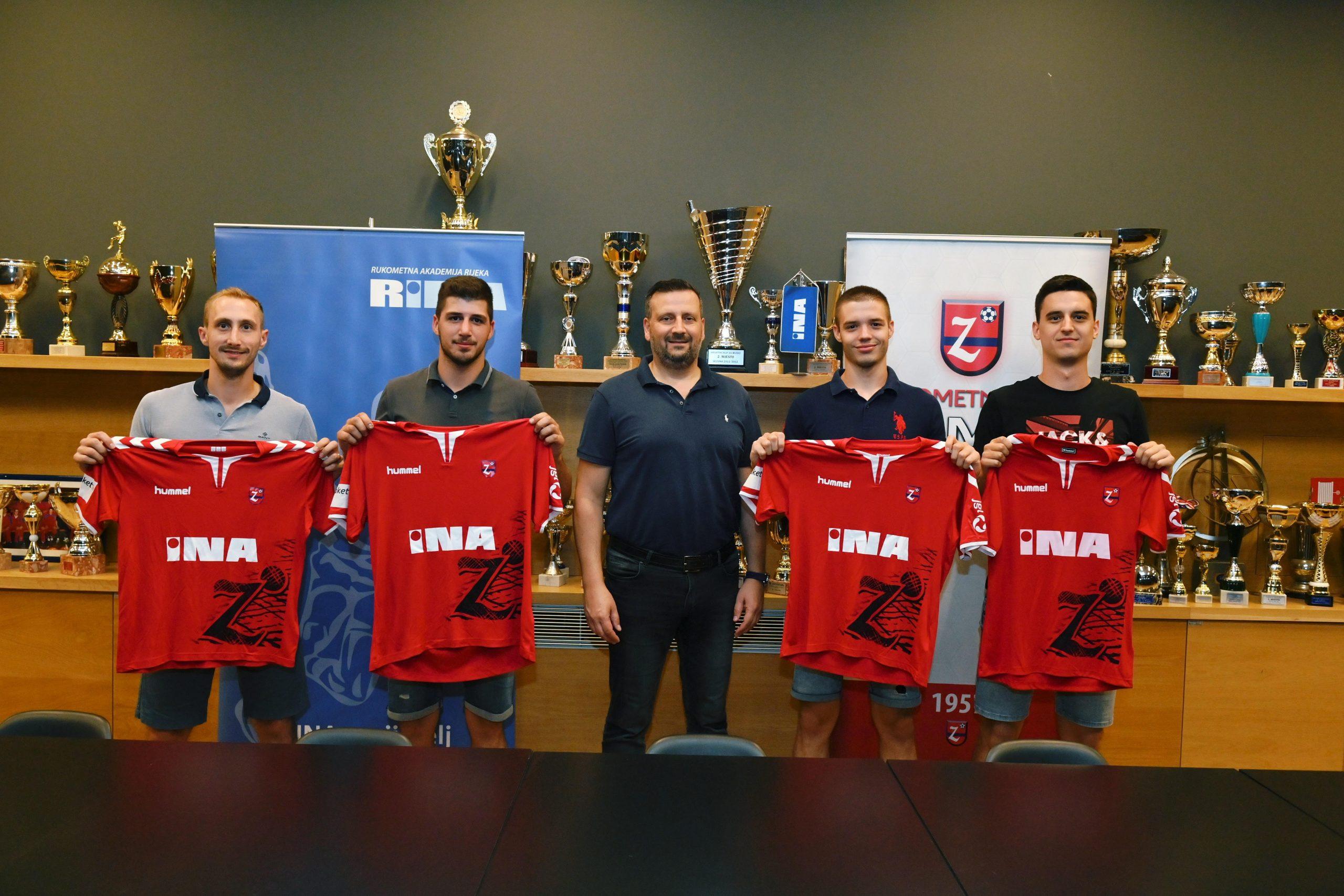 Damir Vučko, Mateo Milih, predsjednik kluba Vedran Devčić, Antonio Tomaš i Dino Islamović