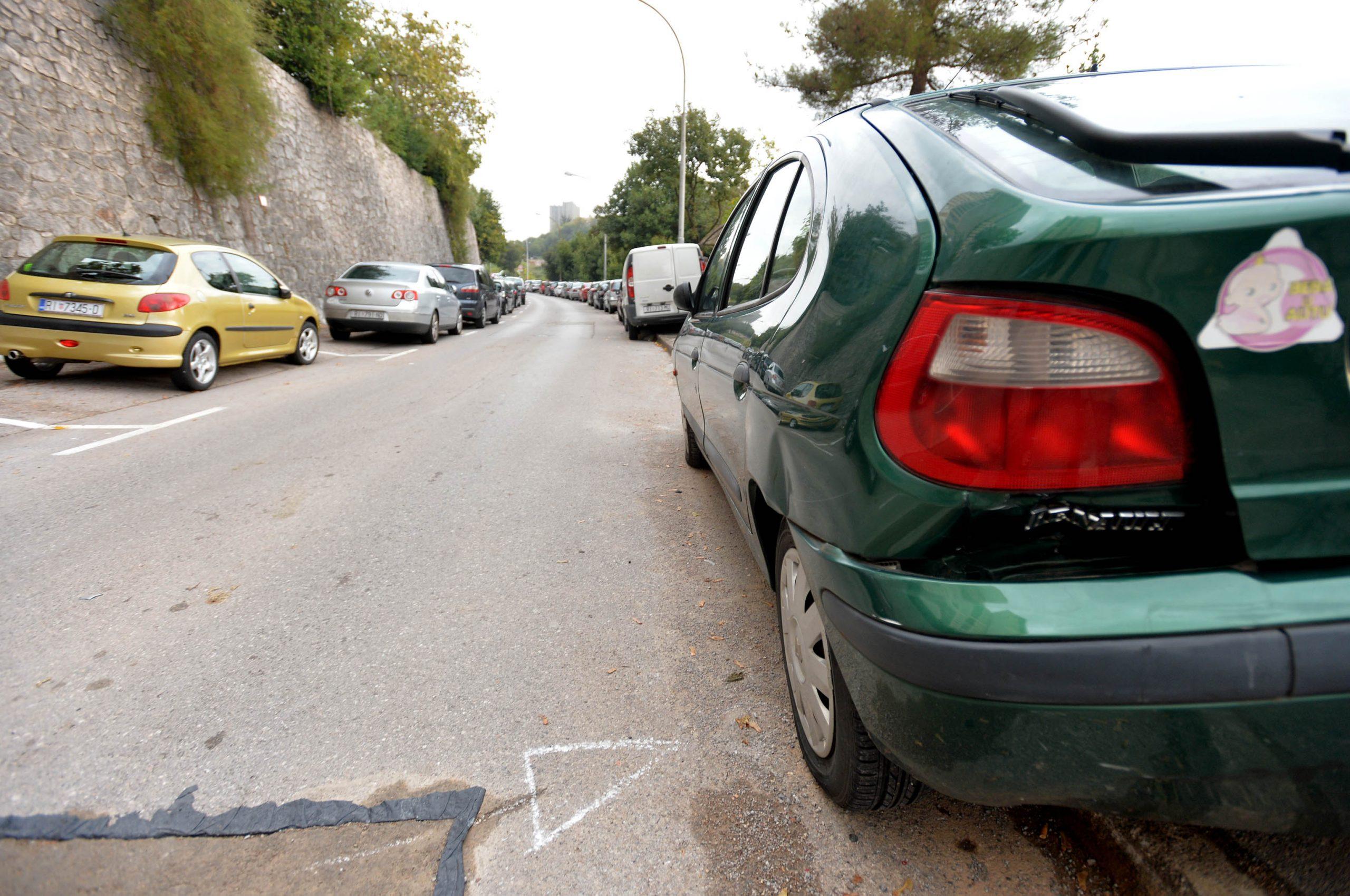 Ilustracija ulice Rastočine (ne prikazuje aute ni lokaciju iz teksta) / Foto arhiva NL